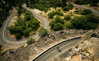 VIDÈO: RIDING FIXIED, UP MOUNTAINS, WITH PROS- LAEL WILCOX